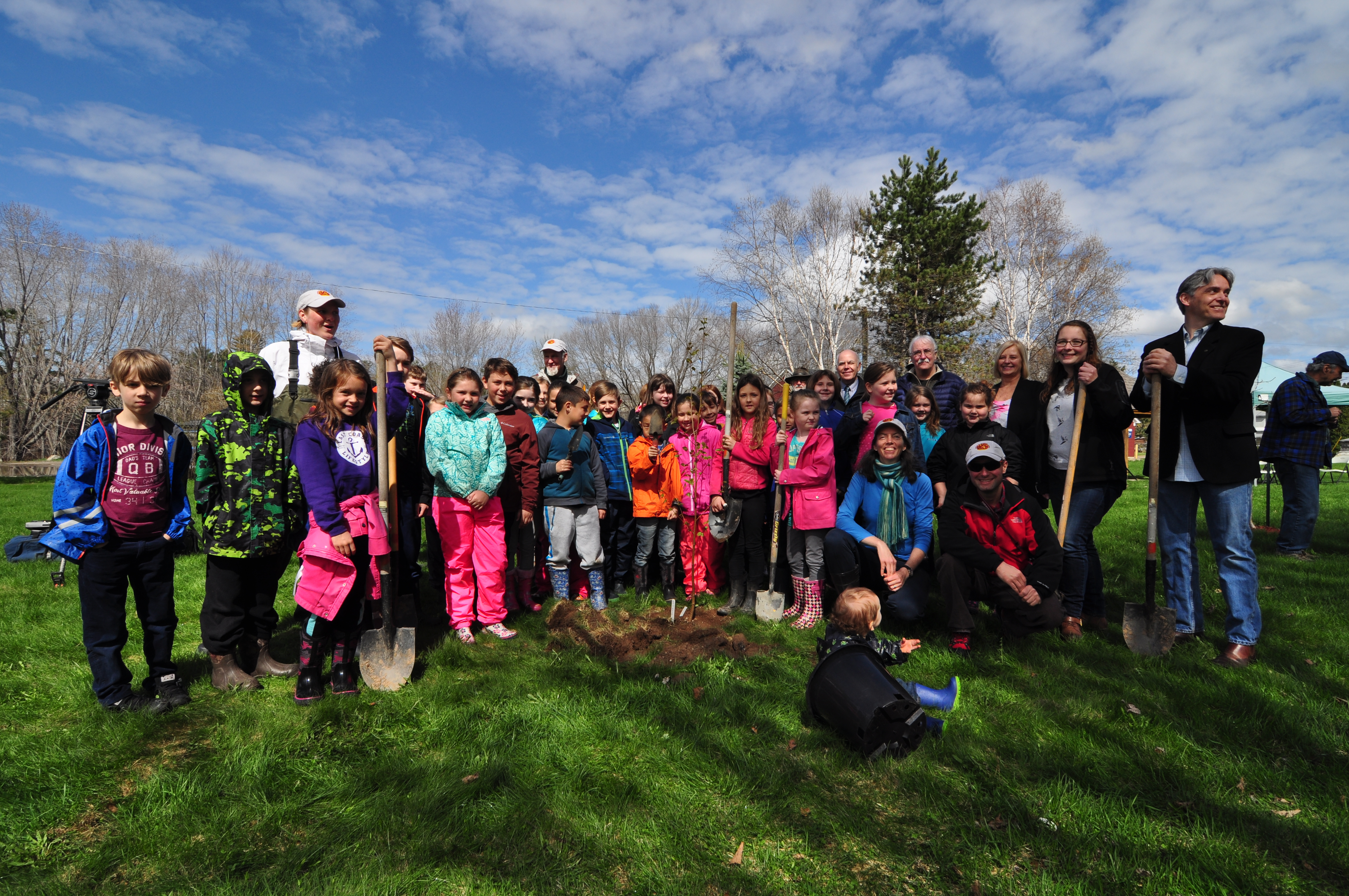 Nashwaak Valley School tree planting on the banks of the Nashwaak River